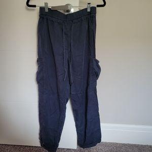 Lululemon Linen Cargo Style Ankle Pants